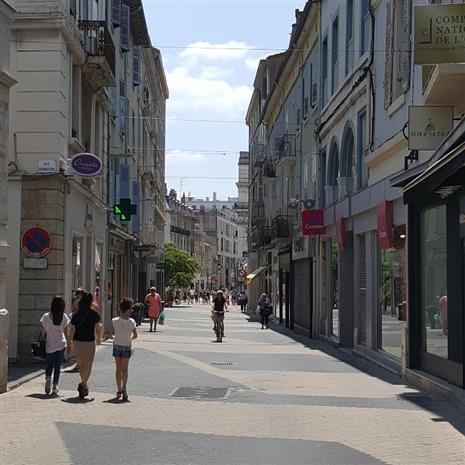 Commerce Cession 26000 VALENCE