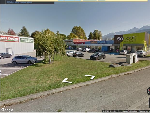 Local commercial Location 38400 SAINT MARTIN D'HERES