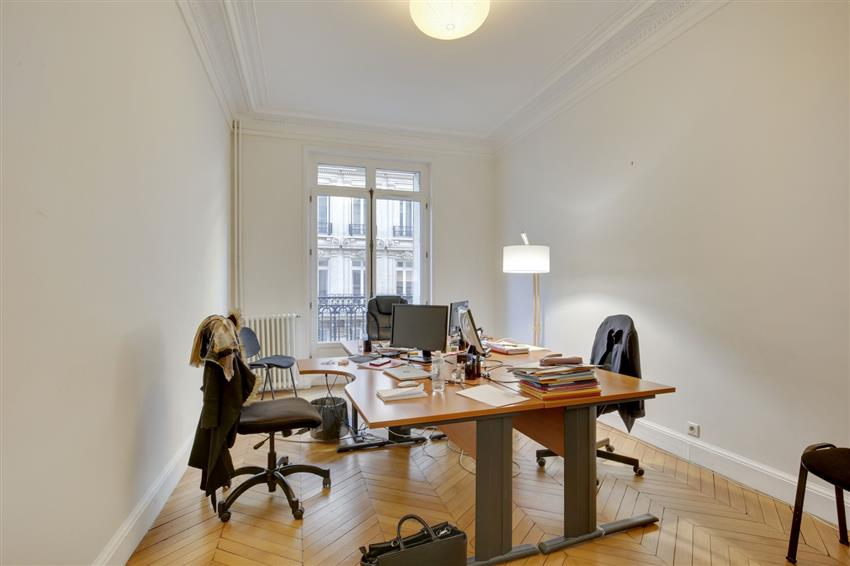 Bureau Location 75116 PARIS 3 AVENUE BUGEAUD