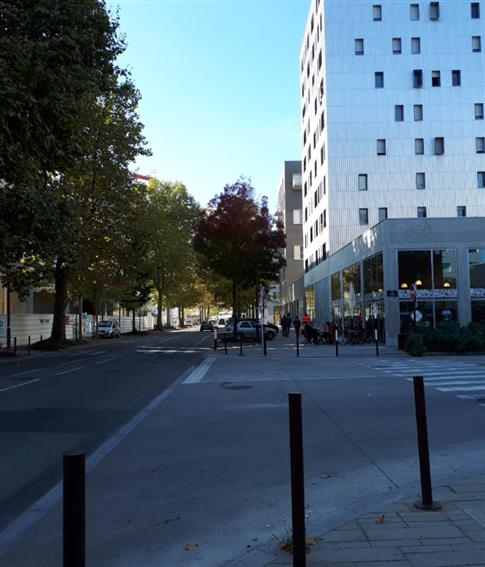 Local commercial Location 44200 NANTES