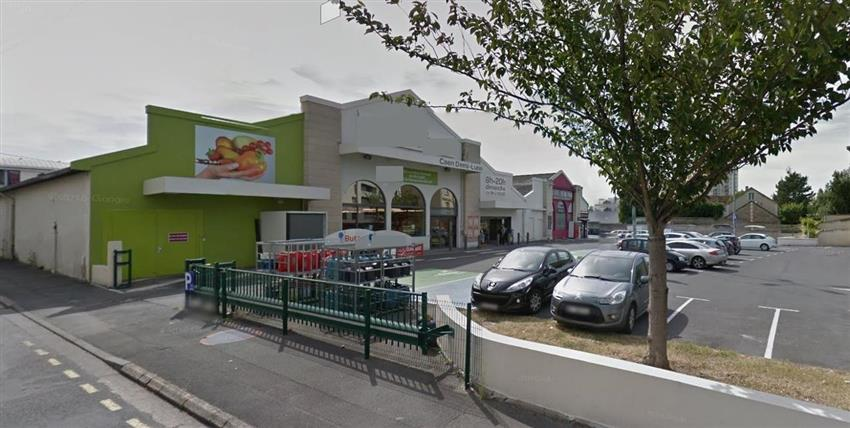 Local commercial Location 14000 CAEN
