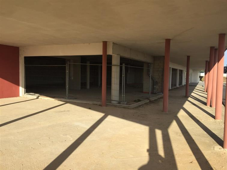 Local commercial Location 34500 BEZIERS