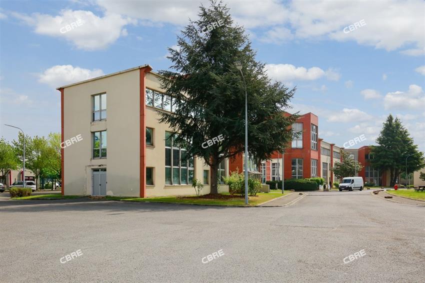 Bureau Location 93120 LA COURNEUVE