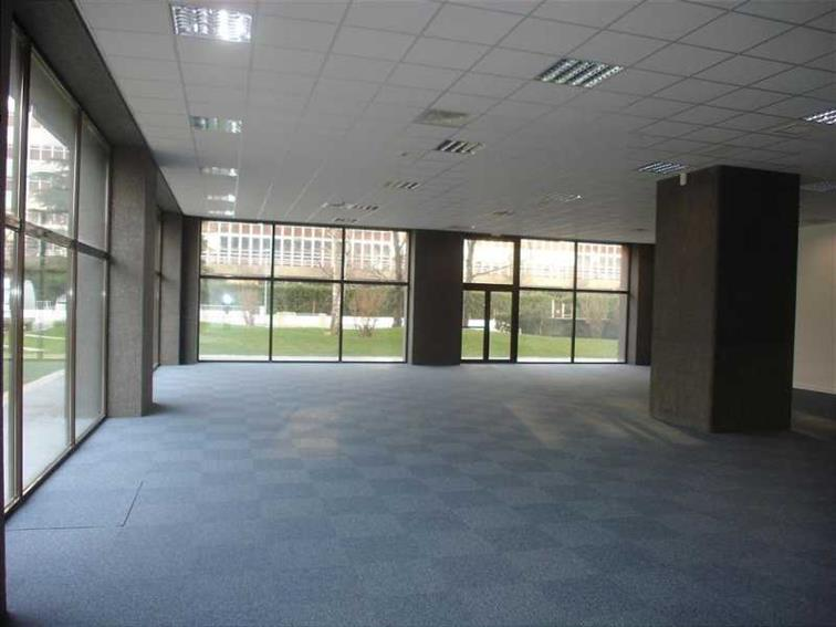 Bureau Location 92140 CLAMART 381 AVENUE DU GENERAL DE GAULLE