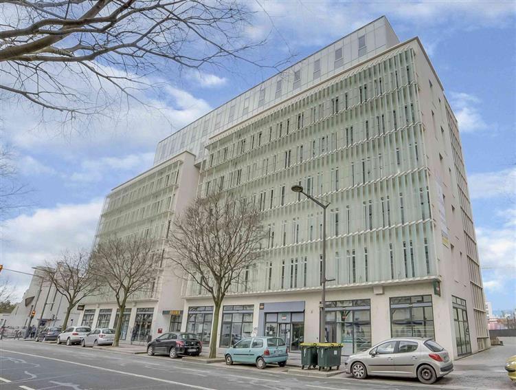 Location bureau postes lyon gerland tbc bureau à louer lyon