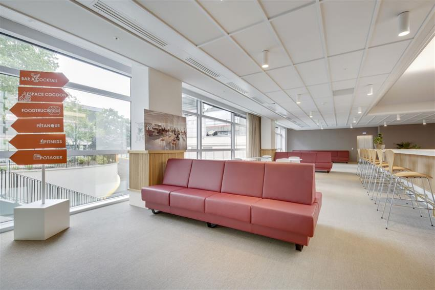 Bureau Location 92400 COURBEVOIE 25 QUAI DU PRESIDENT PAUL DOUMER