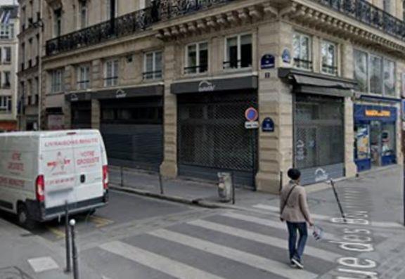 Commerce Location 75001 PARIS 20-22 QUAI DE LA MEGISSERIE
