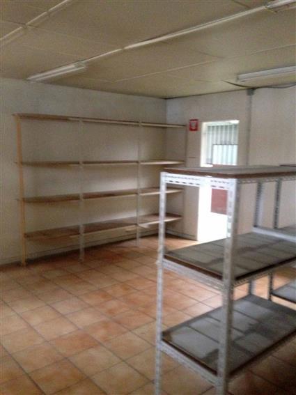 Entrepôt Vente 93370 MONTFERMEIL