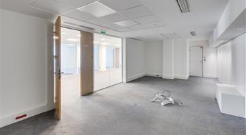Bureau Location 75008 PARIS 12-14 ROND POINT DES CHAMPS ELYSEES MARCEL DASSAULT