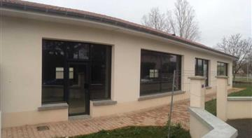 Commerce Location 69780 MIONS