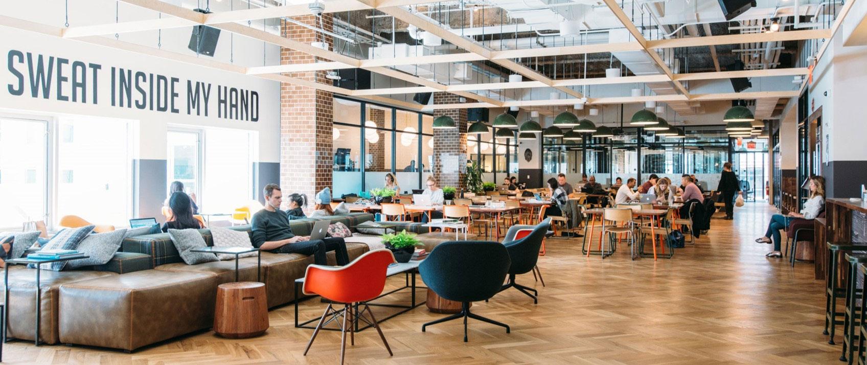 Locaux bureaux : comment choisir une implantation géographique stratégique ?