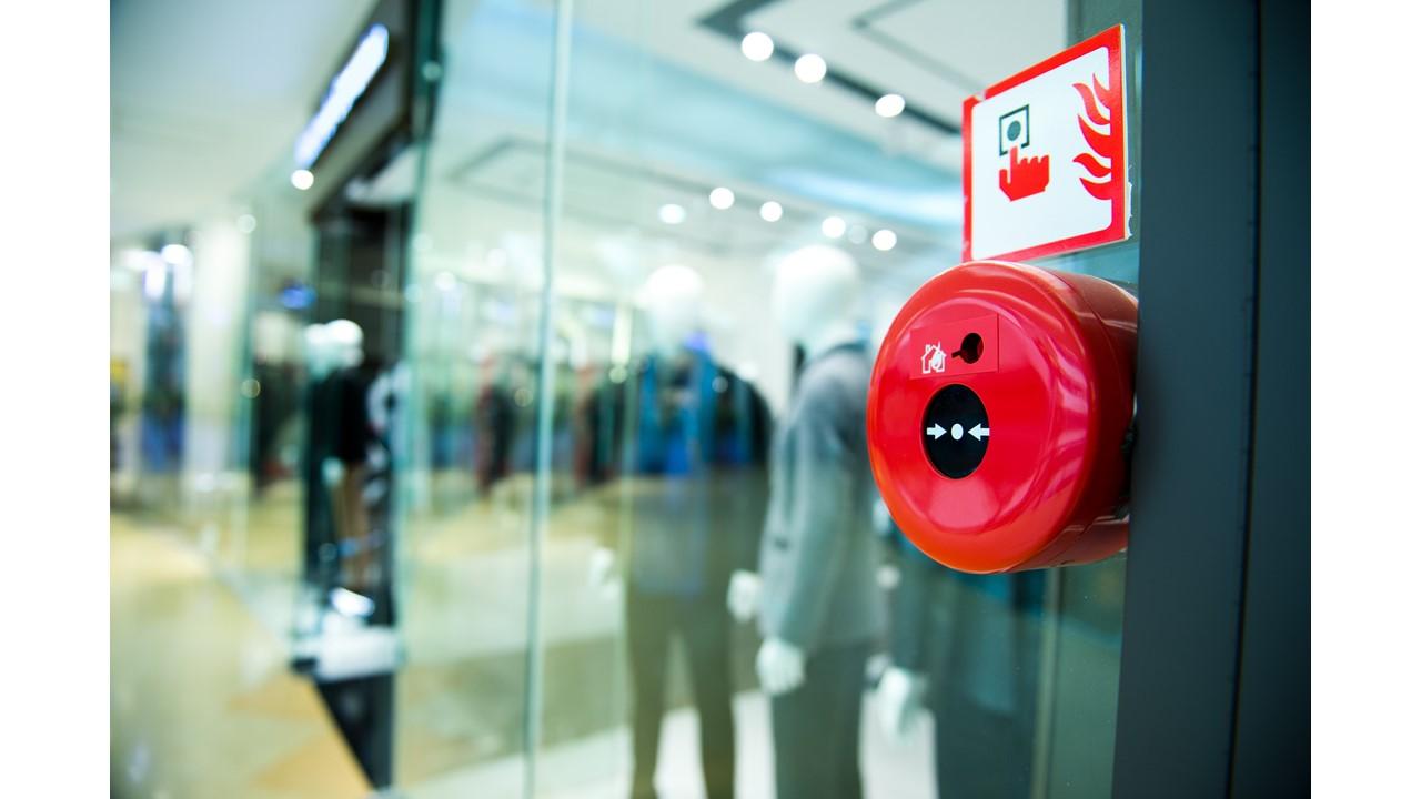Sécurité-incendie dans les magasins de vente et les centres commerciaux, sortie du guide pratique édité par le Ministère de l'Intérieur