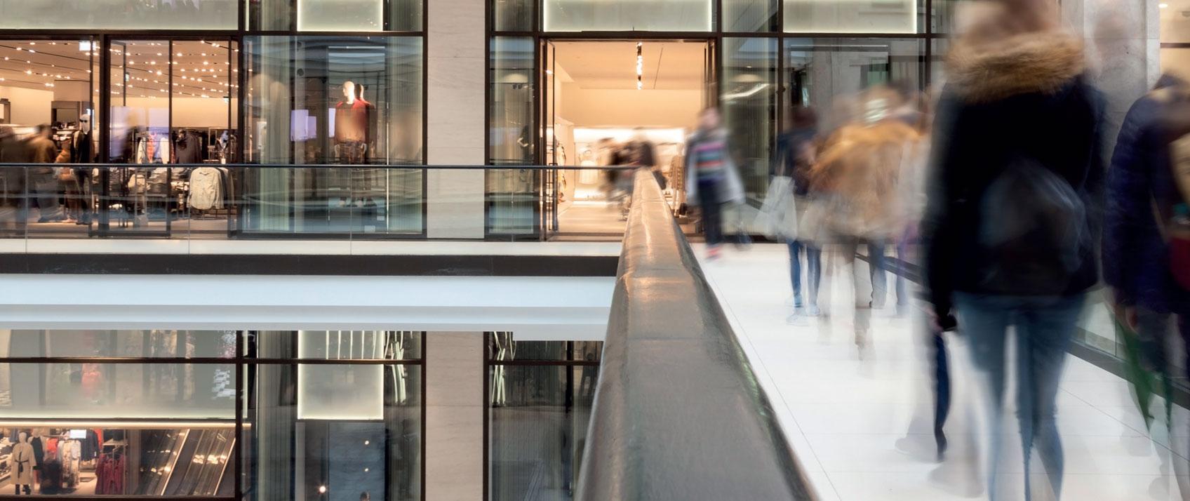 Baisse de fréquentation des espaces commerciaux : e-commerce, seul responsable ?